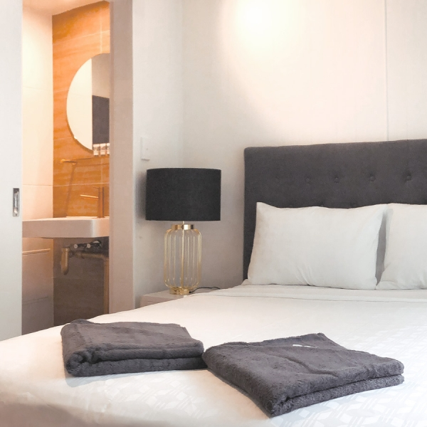 bedroomhero3